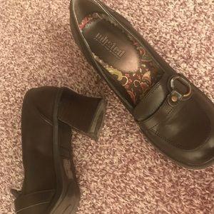 Unlisted dark brown chunky heels